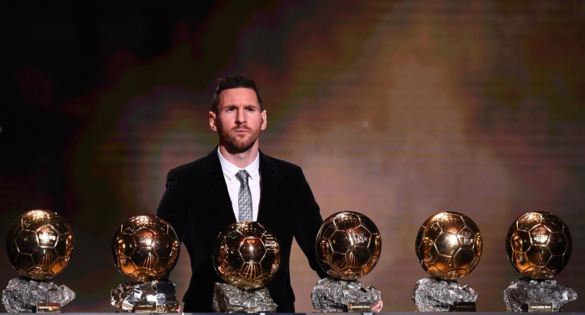 The Pain Went Straight To Ronald's Fans, Congratulations Messi #BallonDor <br>http://pic.twitter.com/8l3tFAU098