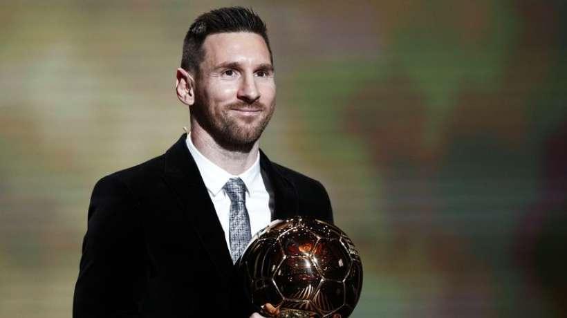 RT @ParisMotch: Le #BallonDor est attribué à un footballeur pour la 53ème année consécutive, un record https://t.co/CUhn3RVFSm