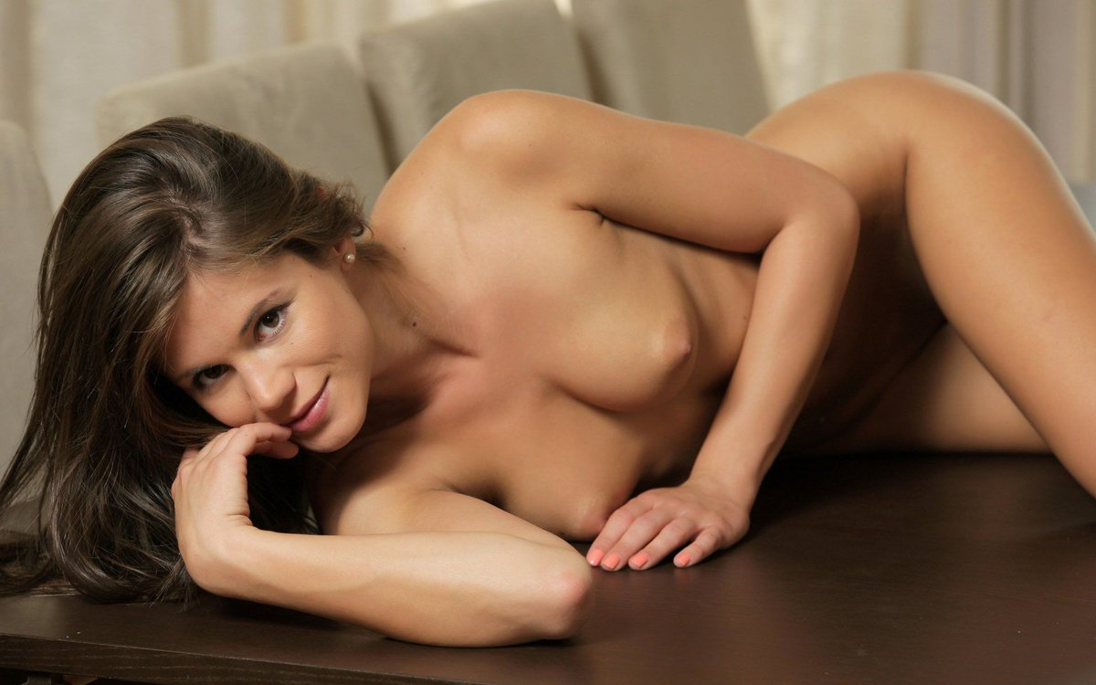 Naked little caprice hd wallpapers, sexy fat cameltoe pussy
