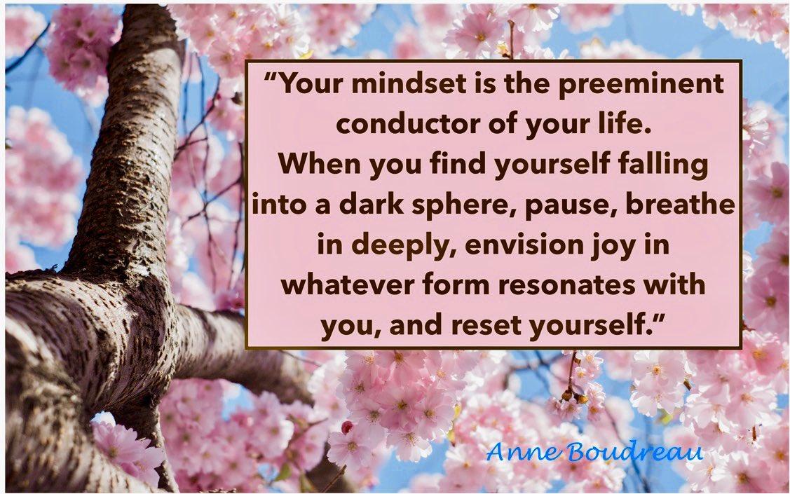 #mind #mindsetiseverything #mindsetquotes #mindsetcreator #mindsetshift #mindsetreset #attitude #attitudequotes #attitudeiseverything #shift #consciousness #inspirational #reset #compass #awareness #spiritualawareness ##tuesdaythoughts #tuesdaymorning #tuesdaymoodpic.twitter.com/UzMIiahcQy