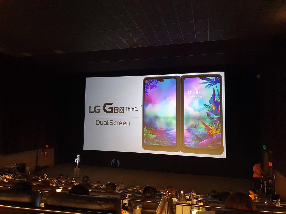 ¡Buenos días! Estamos en la presentación del nuevo LG G8x ThinQ, mismo que ofrece una pantalla doble para mejorar la experiencia al momento de usar varias aplicaciones  ¿Qué les gustaría saber del teléfono?  @lgmobileMX #LGG8x
