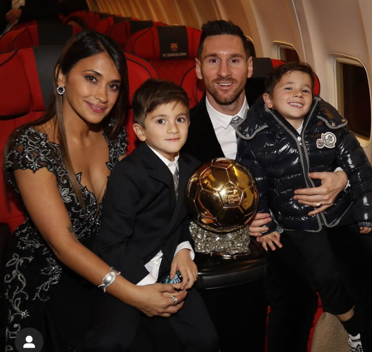 #Messi  was placed 5th in last year's Ballon d'or, but we didn't see Antonella or his sisters say Ronaldo is an ogboni member or cry like bush babies. I Stan a Mentally Healthy family
