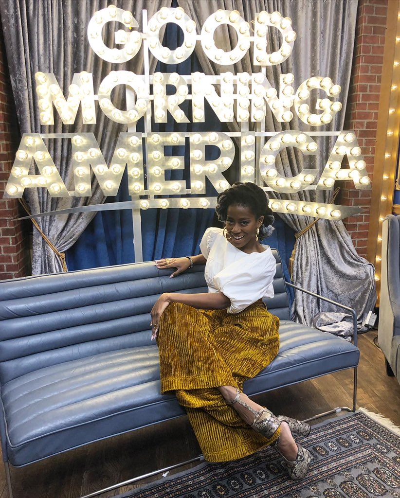 GOOD MORNING AMERICA!!!!!!!!!!!!!!!!!!!!!  @GMA and #GMABOOKCLUB let's GO!!!!!!