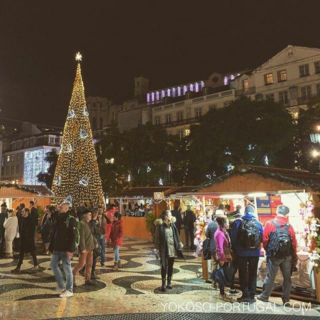 test ツイッターメディア - ロシオ広場のクリスマスマーケット。 #リスボン #ポルトガル #クリスマス https://t.co/Fx8sH0aCdb