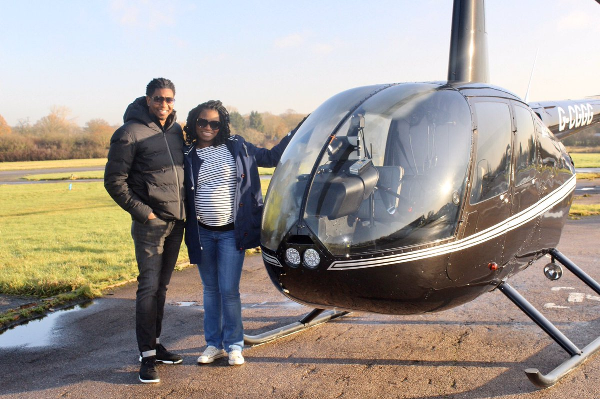 Love was in the air last week as we flew TWO of our Mr & Mrs Experience. Both couples had an amazing time and head home with memories that will last a lifetime.  https://www.flyingpighelicopters.co.uk/shop/buy-gifts-experiences-2/mr-mrs-experience/ … #Mr&Mrs #flyingexperiences #loveisintheair #lifetime #love #Christmas #R44 #flyingschool