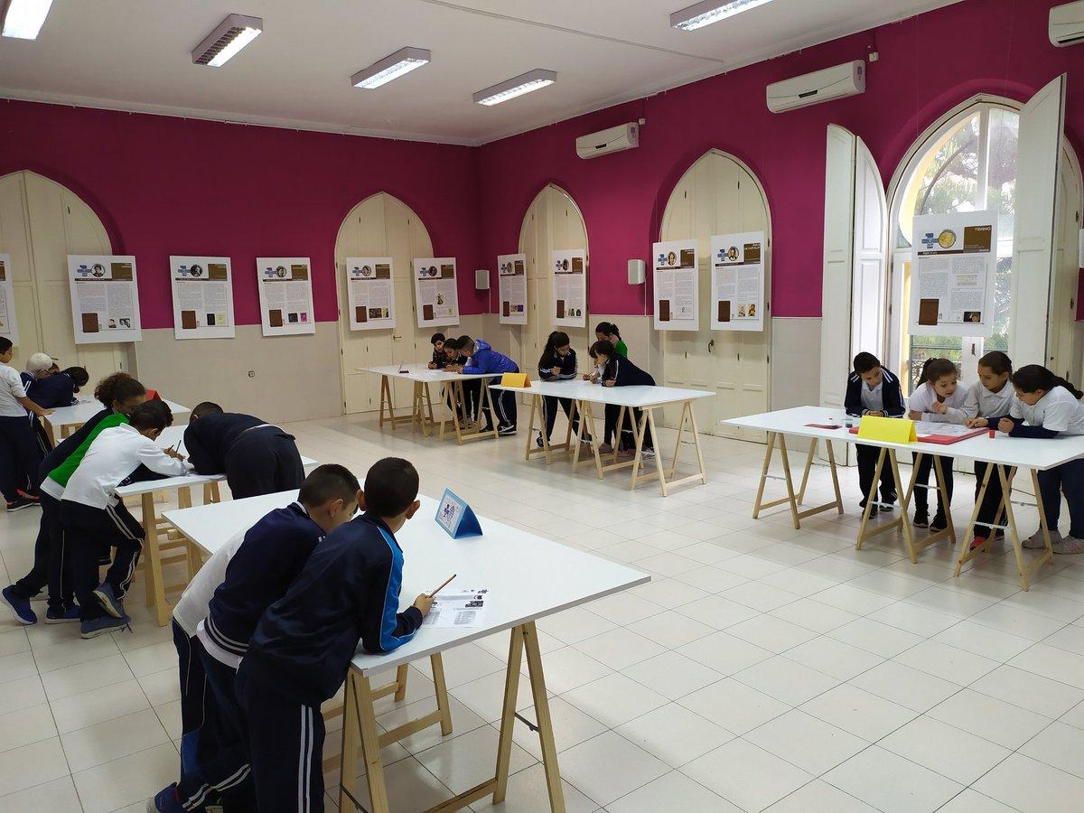 En plena faena matemática en @CEIPMediterrne1  y en #Melilla https://t.co/U5kakmP0bQ