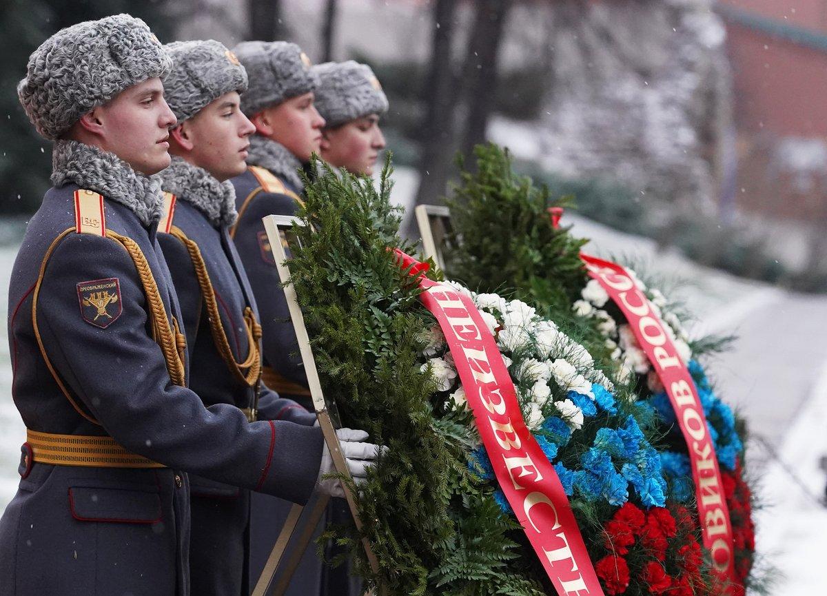 день неизвестного солдата поздравление от главы самые интересные обсуждаемые