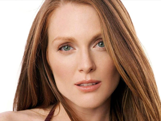 Happy Birthday, Julianne Moore! Born 3 December 1960 in Fort Bragg, North Carolina