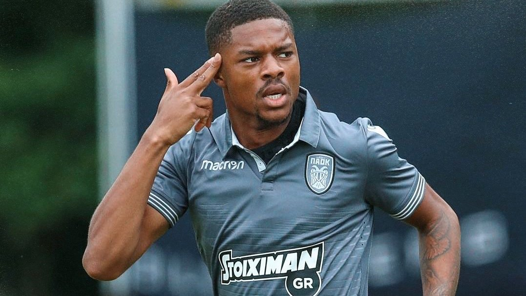 West Ham want to bring former Arsenal striker Chuba Akpom back to the Premier League.  The Canning Town-born baller lead the line for PAOK as they went unbeaten and won the Greek Super League last season.  MORE:  http:// bit.ly/2OJr5YJ    <br>http://pic.twitter.com/WARWM6xlzu