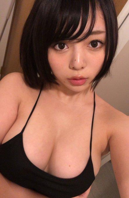グラビアアイドル安位薫のTwitter自撮りエロ画像38