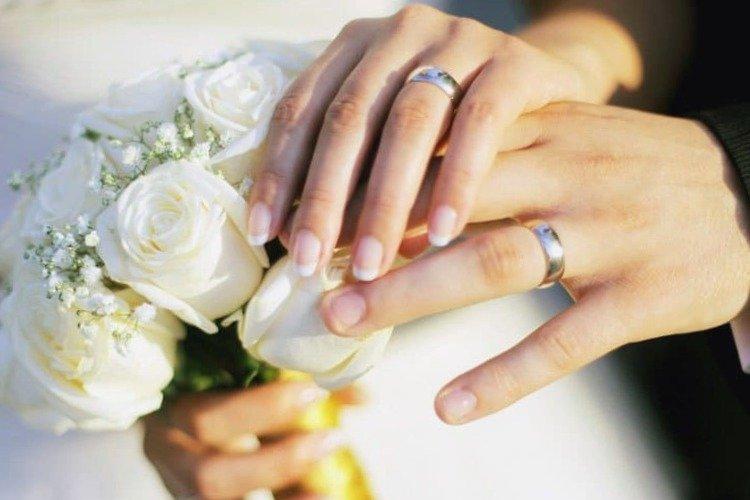 Ve a  ⏩💍 Anillos de Boda de 25 Aniversario #boda #anillosdeboda #amor https://anillosdebodaweb.com/25-aniversario/ 👌👌💛💛💛💍 Los anillos de boda de 25 aniversario, son la representación más romántica de las bodas de plata, ..