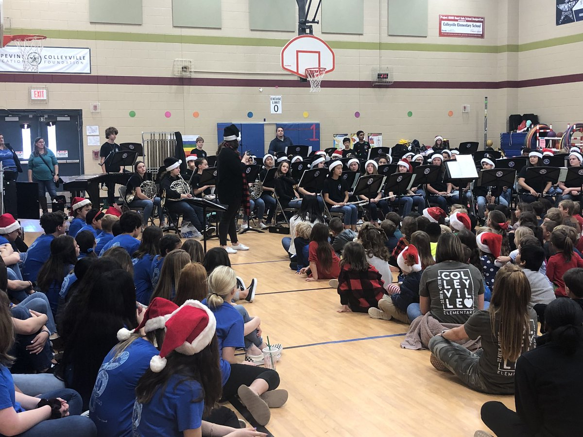 Thank you to the CMS band and choir  for getting us into the holiday spirit.  @CESCowboys #WeAreCESCowboys #WeAreGCISD <br>http://pic.twitter.com/9uZ738YRP2