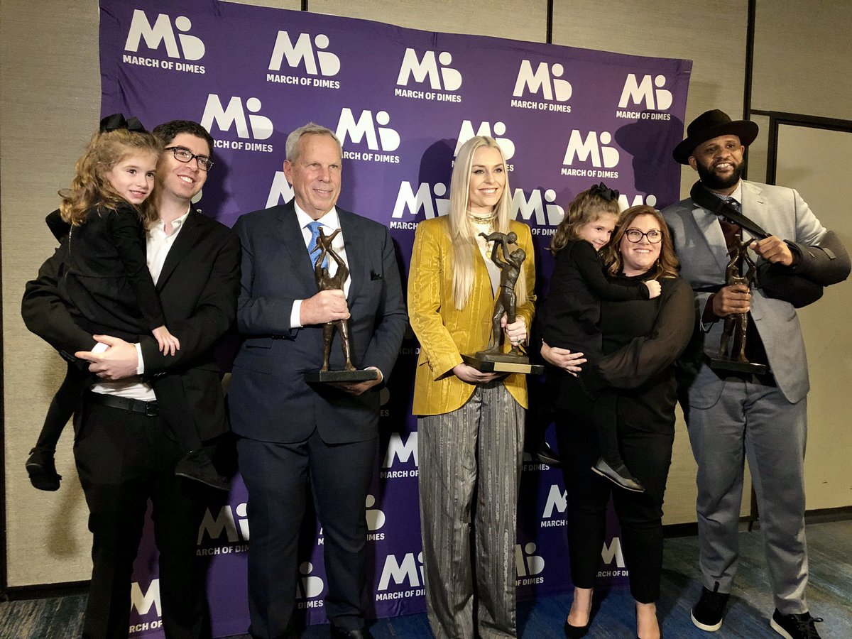 Live from the 36th Annual March of Dimes Luncheon honorees Steve Tisch, CC Sabathia and Lindsey Vonn meet the @MarchOfDimesNY mission family. #SportsLuncheonNY #GivingTuesday