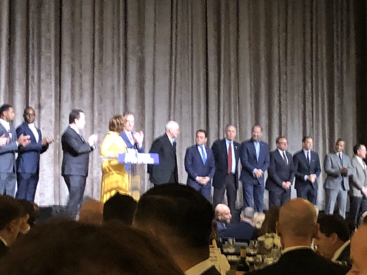 All of the @MarchOfDimesNY celebrity guests on stage, supporting an amazing cause. #SportsLuncheonNY #GivingTuesday