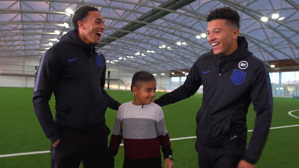 This is brilliant ❤️ @trentaa98, @Sanchooo10 and two members of the England Blind team helped us with a very special surprise for young fan @mikeypoulli recently! #InternationalDisabilityDay