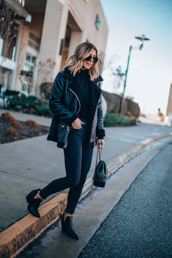 My favorite black skinny jeans on the blog with @nordstrom #nordstrom https://t.co/6ge3v58guP // https://t.co/ZMDTLMcKXk #ad https://t.co/S9UXQjvh0W
