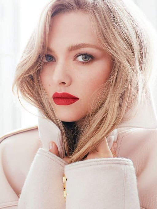 Happy birthday to Amanda Seyfried who turns 34 today!