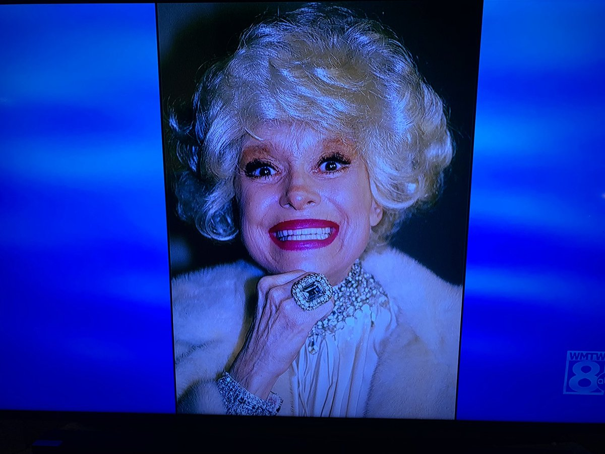 No one on #Jeopardy knew this was Carol Channing, and to me that is way worse than Billie Eilish not knowing #DavidLeeRoth  <br>http://pic.twitter.com/LsZop6OOKr