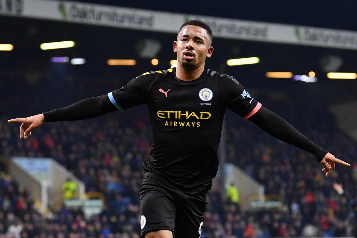 [#PL🇬🇧] BURNLEY 1-4 MAN CITY ⏱ FIN DU MATCH ! ⚽️ Gabriel Jesus ⚽️ Gabriel Jesus ⚽️ Rodri ⚽️ Mahrez ⚽️ Brady Man City revient provisoirement à 8 Pts de Liverpool. #BURMCI