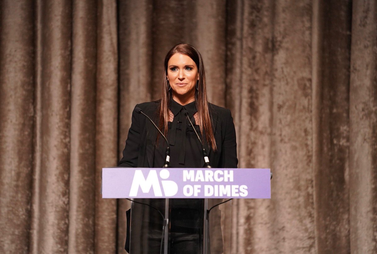 Today @WWE matched donations in the fight for healthy moms & babies at @MarchofDimes #SportsLuncheonNY. Thank you to @RicFlairNatrBoy & @MsCharlotteWWE & congratulations to all the winners. @CC_Sabathia @lindseyvonn, let me know when you want to go to the @WWEPC! #GivingTuesday