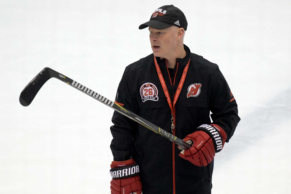 Devils fire John Hynes after crushing start to season  http:// dlvr.it/RKcckH     <br>http://pic.twitter.com/5BWzUIvhgS
