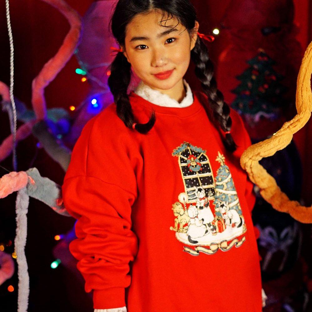 🎄크리스마스 스웻셔츠🎄개빉님, 하호하호님, 뮤주님과 함께 제작한 크리스마스 스웻셔츠 판매중입니다! (온라인 무료배송 이벤트 / 매장에서 구입시 @gaebinz 엽서세트를 드려요!🤶🏻) http://www.millionarchive.com