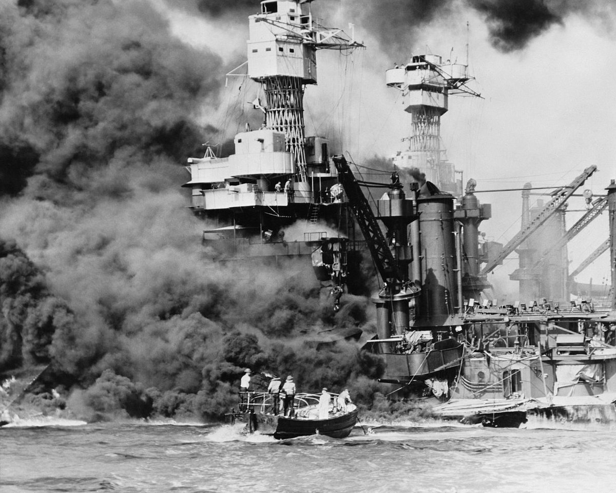 "On this day in 1941, 353 Japanese warplanes strike the US Pacific Fleet anchored at #PearlHarbor, Hawaii. The raiders sink four battleships, damage 15 other vessels and kill nearly 2,500 Americans. President Roosevelt famously calls Dec. 7 ""a date which will live in infamy."" <br>http://pic.twitter.com/xoSBAIMelV"