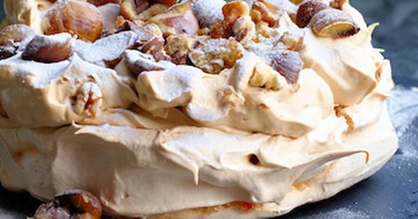 サクッ、ムチッ、ふわっ!不思議食感のメレンゲ菓子「パブロバ」がブームの予感☆: 今話題のキーワードを編集部がピックアップ!今週は、インスタで人気のスイーツ「パブロバ」をご紹介します。
