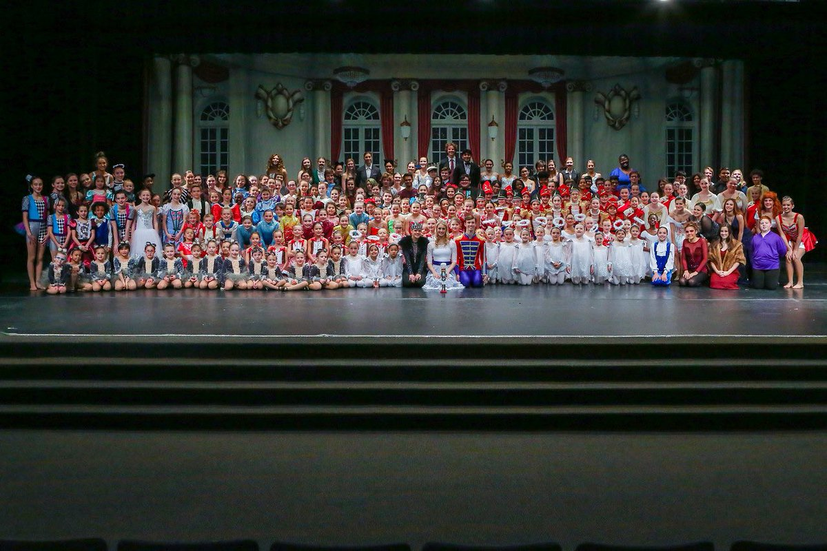 251 dancers and musicians-19 different schools-13 different studios or gyms - 2019 Alexandria Community Nutcracker <br>http://pic.twitter.com/TWpch2gIrV