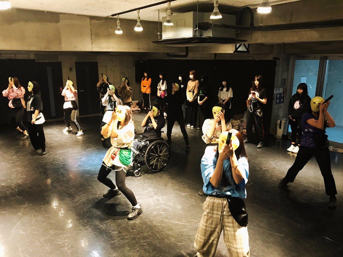 仮面女子東西メンバーの合同リハーサル今日からスタート!ココは仮面女子の秘密基地的なスタジオです!12/15(日)仮面女子ワンマンライブ「MASK PRIDE」@六本木EXシアターお楽しみに!!!
