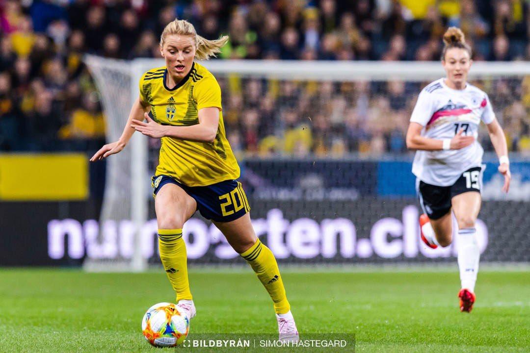 🔥💥 Toppsspelaren Mimmi Larsson är klar för FCR! 🖊✔️   #Viärfcrosengård #FCRfamiljen