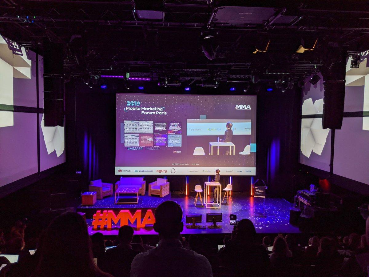 """En live du Mobile Marketing Forum Paris. Échanges autour du """"mobile, écran de tous les enjeux"""" #mmafp https://t.co/cJq77lfea5"""