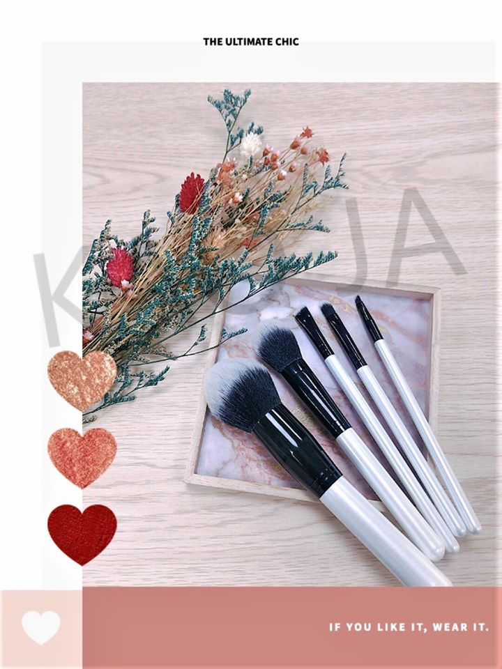 Good tools are prerequisite to the success of a job.  #KaoJa #paper #PaperRange #Lipstick #Lipgloss #Mascara #EyeshadowContainer #Blushcontainer #Compactcontainer #FreePowder #PaperPalette #PlasticRange #CosmeticsBrush  Contact us : service@kaoja.com
