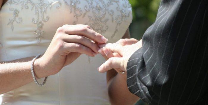 Ver  ⏩💍 Anillos de Boda Civil #boda #anillosdeboda #amor https://anillosdebodaweb.com/civil/ ⏪💗💗💍 Toda boda religiosa es antecedida por el matrimonio civil. Se trata de formalizar la unión ante l ..
