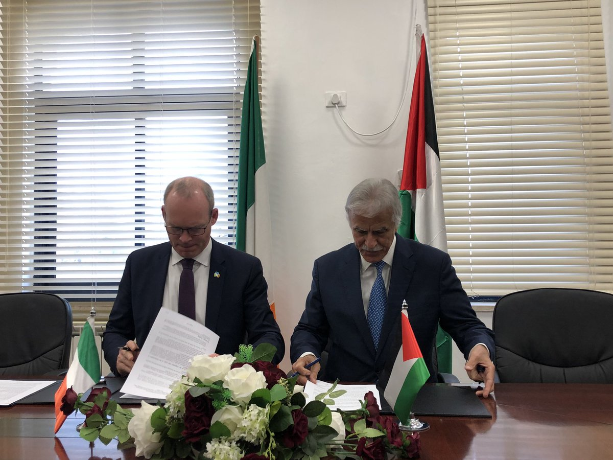Tánaiste @simoncoveney co-signed today with the Minister of Education, Dr. Marwan Awartani, an MoU on continued Irish support for Palestinian education sector. This year, we are contributing €3m towards school building and other development initiatives, through JFA consortium.