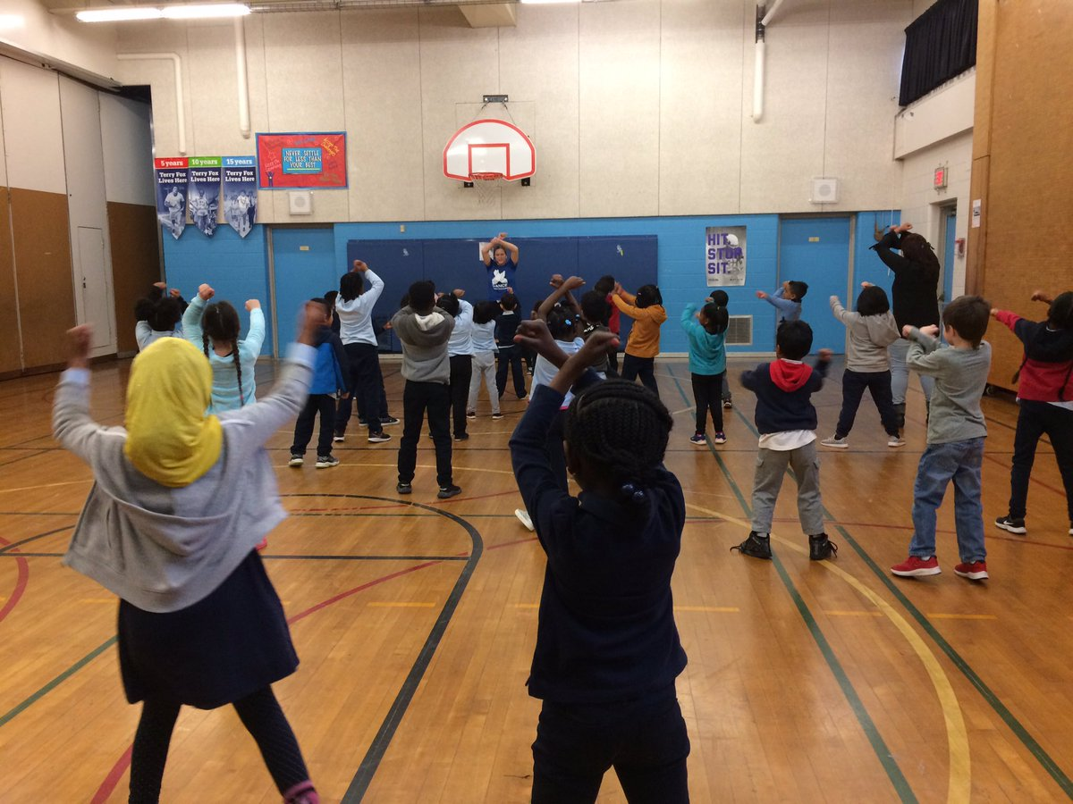 You are Xtra awesome is the way to appreciate everyone around you after every dance! Bringing emotional, social and environmental learning through movement @TDSB_Gosford thanks @XMovement @jenniferhall62 @LC2_TDSB @tdsb_helen