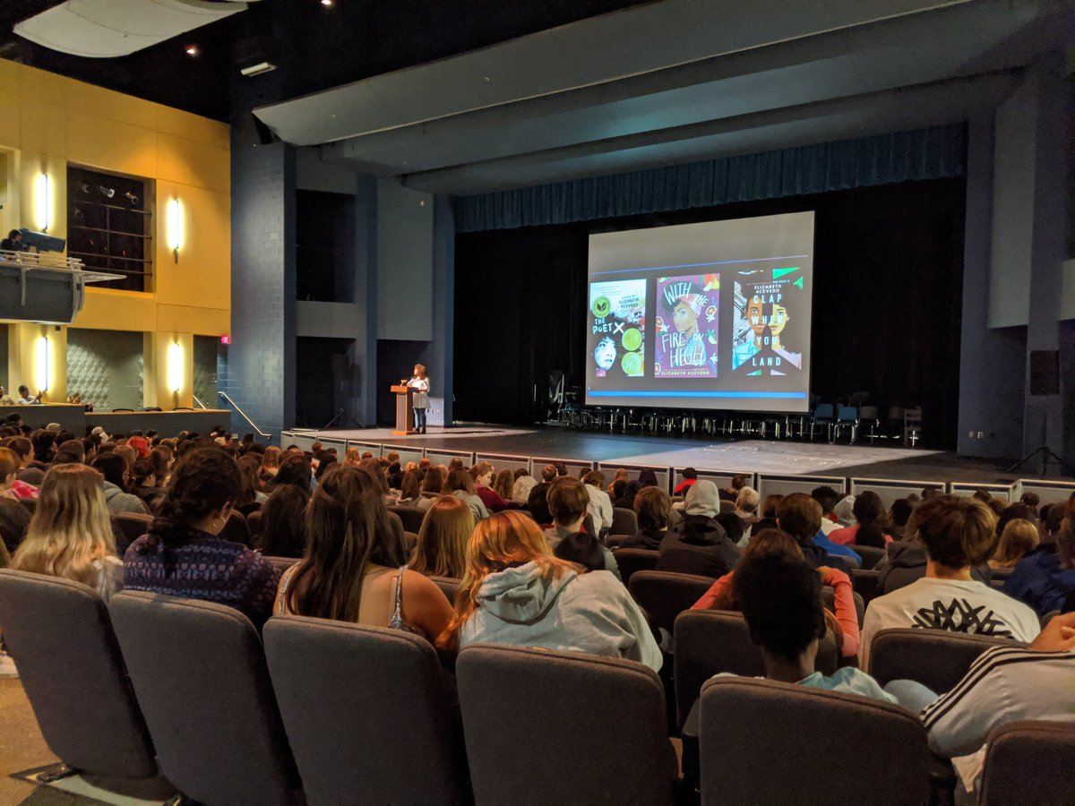 Wow, <a target='_blank' href='http://twitter.com/AcevedoWrites'>@AcevedoWrites</a> knows how to captivate an audience! Students loved her powerful stories, and educators loved how she shared inspiring feedback from a former teacher. <a target='_blank' href='http://search.twitter.com/search?q=WordsWordsWords'><a target='_blank' href='https://twitter.com/hashtag/WordsWordsWords?src=hash'>#WordsWordsWords</a></a> <a target='_blank' href='https://t.co/Z9nkjYkfJD'>https://t.co/Z9nkjYkfJD</a>