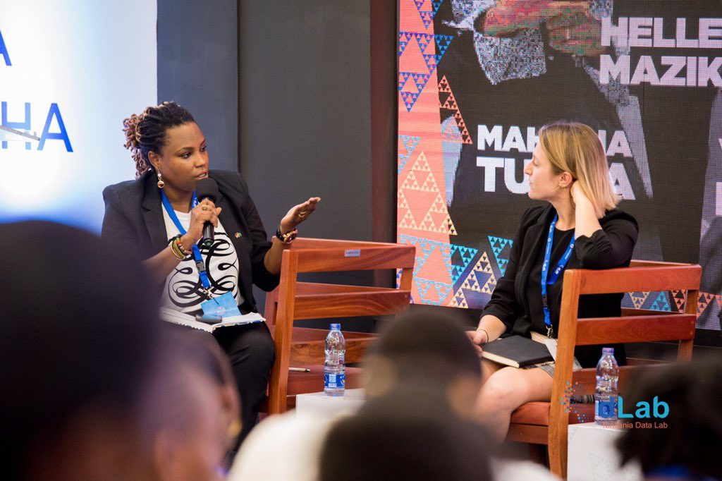 What is the role of women in data science? #DataTamasha2019  #womenintech<br>http://pic.twitter.com/JjN4HBSg4J
