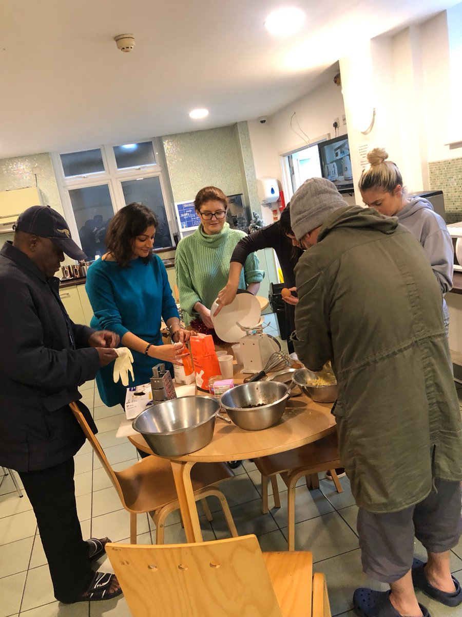 We are truly getting into the festive spirit here at The Passage! A big thank you to our @InformaPLC volunteers who came in to bake with our clients and decorate our services! #festivefun #toendinghomelessness