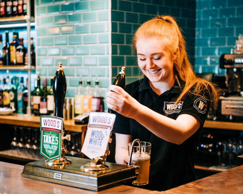 CONGRATS!🎉🍻 On the border of Shrops & Staffs, Church Eaton's The Royal Oak has been raising money for charity in 2019. The pub's efforts have been recognised with a nomination for the 2020 Countryside Alliance Awards. MORE > whatsonlive.co.uk/news/local-pub…