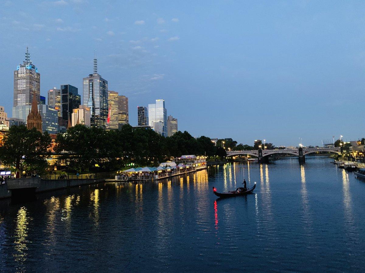 Melbourne acting like Venice this evening. #Melbourne #lovethiscity pic.twitter.com/9bBYaV4RMq