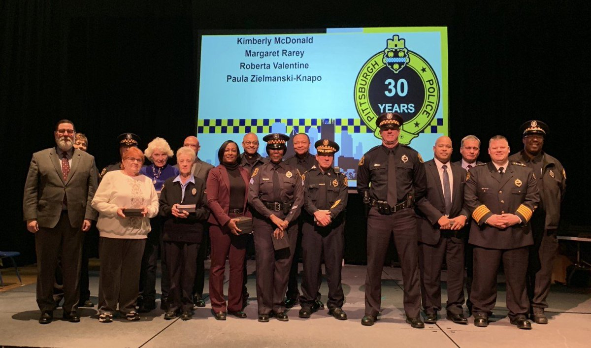 Pittsburgh Police On Twitter Pghpolice Honored 93 Officers And Traffic Guards During A Years Of Service Ceremony Last Night The 19 Crossing Guards Represent 582 Years Of Service To The City And