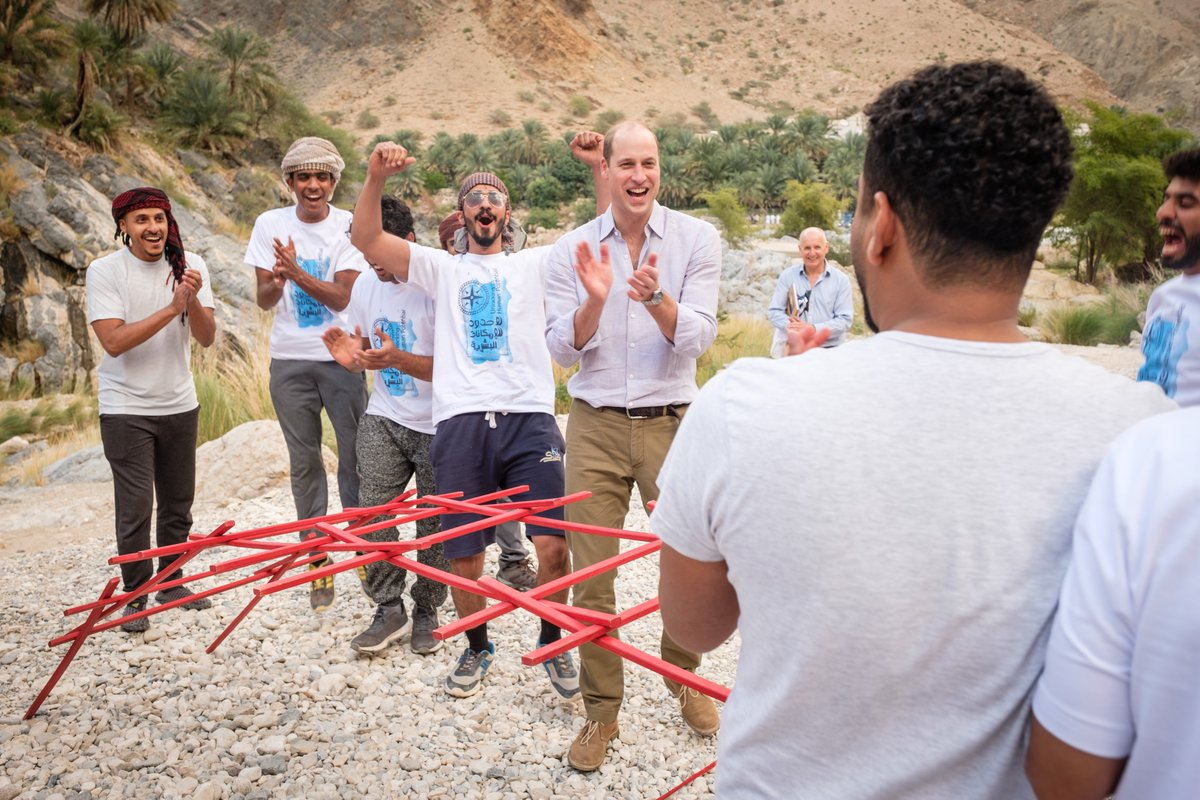 Building bridges with @OutwardBoundO 🇴🇲 The Duke of Cambridge joined young Omanis taking part in an Outward Bound training exercise at the Wadi al Arbaeen. #RoyalVisitOman