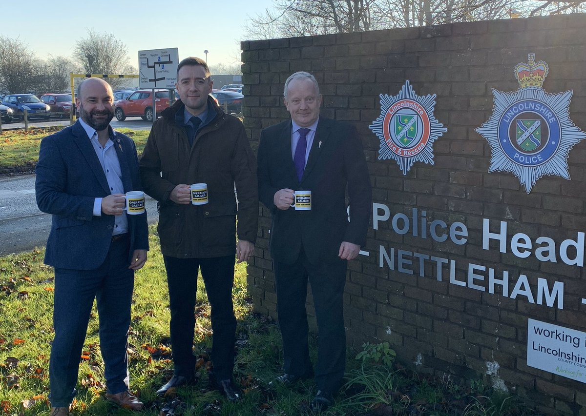 Great to meet up with @dannyosheaNFU of @NFUtweets this morning to discuss all things rural crime. Huge thanks to @CIPhilVickers for the #opgalileo mugs too. #safertogether<br>http://pic.twitter.com/1XoJi4aLxh