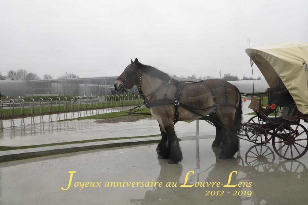 """Il y a """"déjà"""" 7 ans!!! Joyeux Anniversaire au #louvrelens 🎂🎂🍾🍾Entrée expo """"Pologne"""" gratuite ce week-end!!! et des surprises pour les Fêtes de la Ste Barbe #stebarbe #expoPologne #expozgorecki #pologne"""