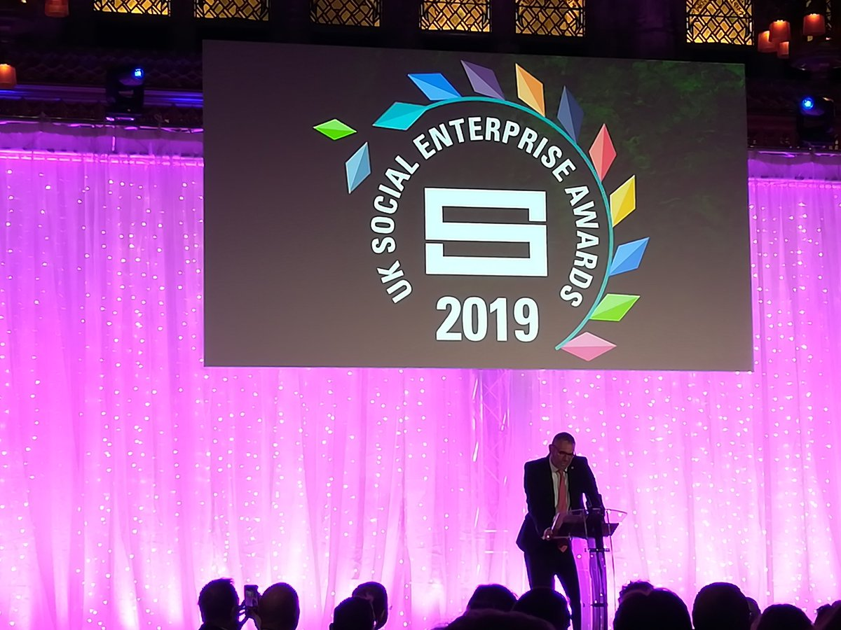 Great to see and hear @peteholbrook discussing the phenomenal #BuySocial supply chain at the #socentawards19 - including @TheClinkCharity @PageandBloom @FuseEventsUK @divinechocolate @_thesoapco and excitingly - gift totes from the epic @SewFabAcademy from #Lancashire!! 🌹#socent
