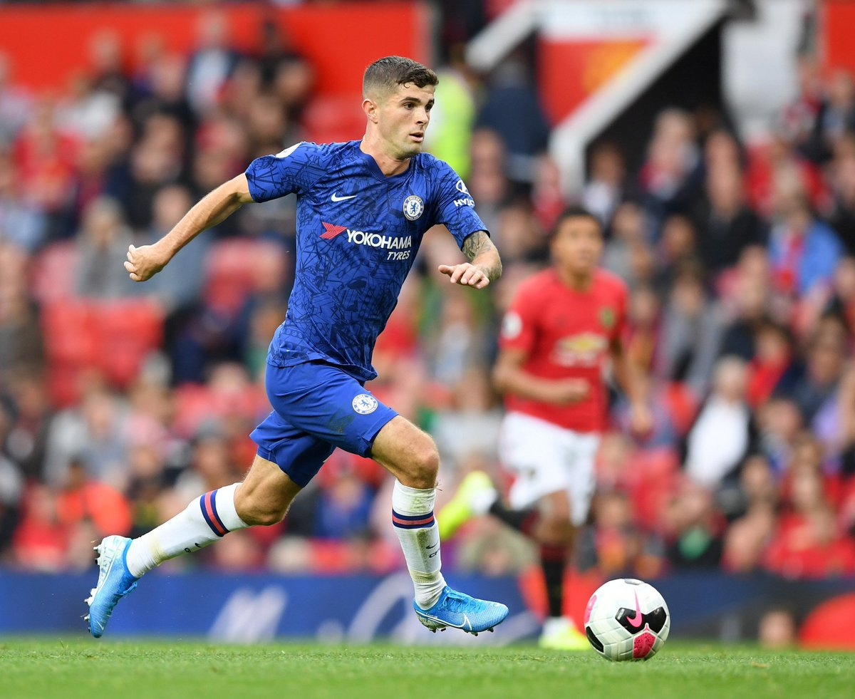 Pulisic is actually rapid! When he drives with the ball he breezes past players! 💨 #CFC