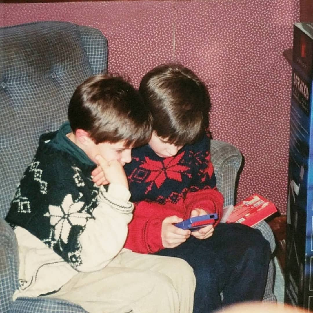 @LimitedRunGames Me and my twin brother getting Pokemon Red and Blue on Christmas (and only one Game Boy)  #LRGHolidayGiveaway https://t.co/MZTcqK7gfC