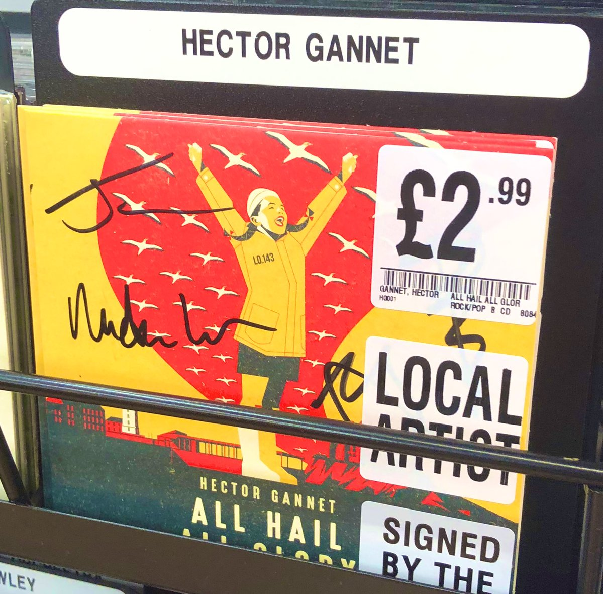 🛶 FRESH STOCK of the #limited #signed & #numbered @HectorGannet single #AllHailAllGlory came in today. The lads are supporting our own #LocalHero @samfendermusic soon & really impressed our staff & customers when they played live in-store! #HMVLovesLocal 🏜 Get your copy now ⚓️