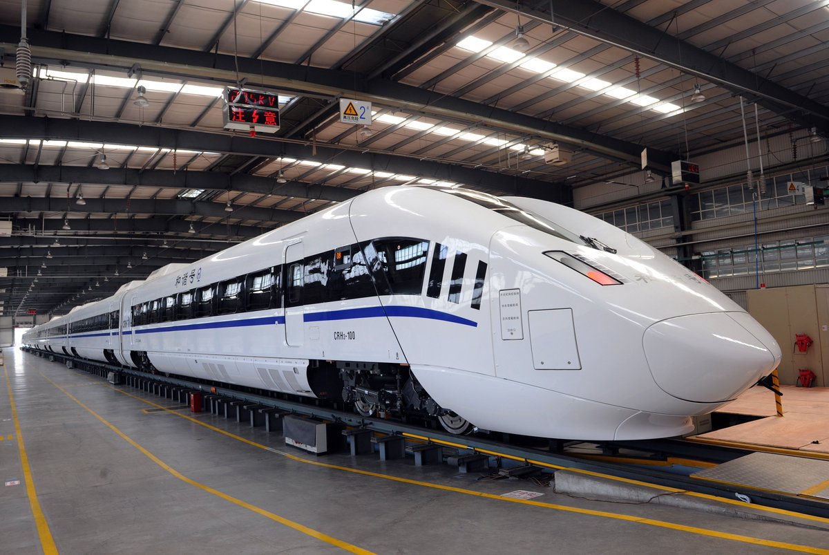 CJ2 EMU developed by #CRRC acquired manufacturing license issued. Relying on advantages of fast start acceleration, short braking distance and rapid boarding, it is expected to be the preferred train for intercity and urban rail transit. #railway #highspeedtrain